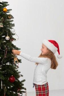 コピースペースのある美しいクリスマスアットホームコンセプト