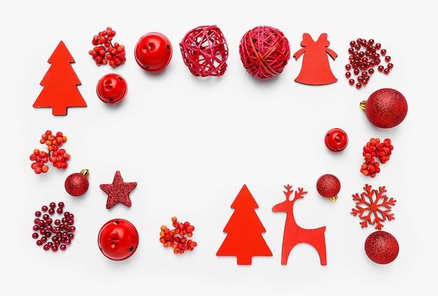 白の美しいクリスマスの構成