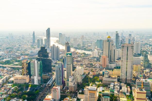 건축과 태국 방콕의 스카이 라인에서 건물과 아름다운 풍경