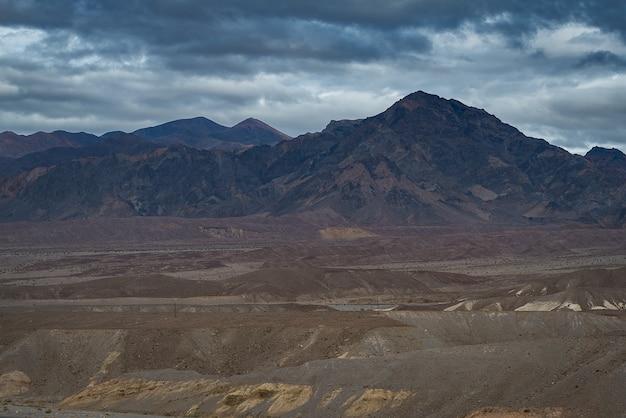 데스 밸리 국립 공원 캘리포니아에서 아름 다운 점토 산
