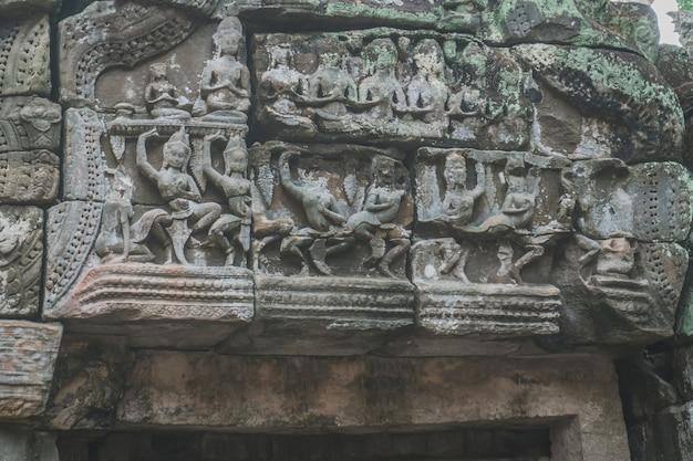 空のアンコールワット寺院の美しいクローズアップアンコール寺院の遺跡アンコール寺院taprohm siem reap cambodia