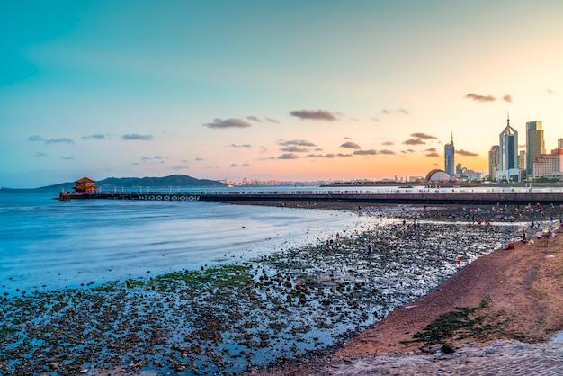 青島の美しい海岸線