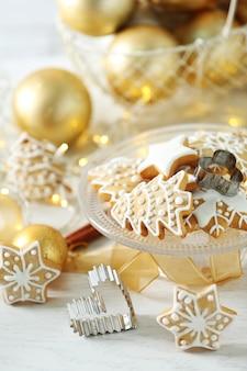 クリスマスの装飾が施された美しいクッキー
