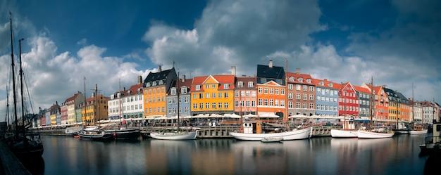Красивый город копенгаген в дании