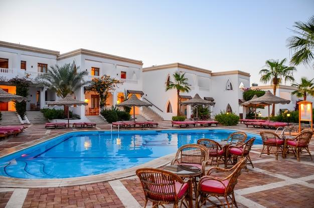 ホテルアラビアエジプトの美しい夜。シャルムエルシェイク