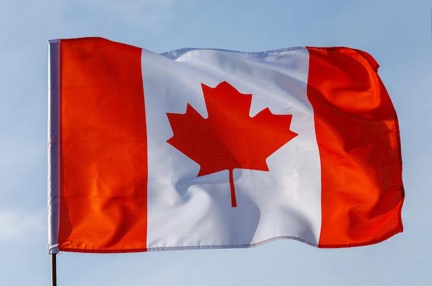 カナダシルクの美しい旗