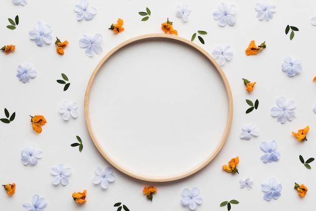 아름 다운 꽃 개념 배열