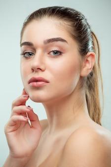 아름다운 소녀 얼굴. 완벽한 피부