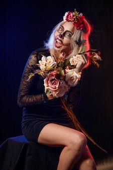 怖いハロウィンメイクの美少女。死者の日。ハロウィーン