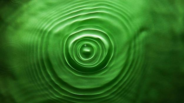 아름다운 녹색 배경, 물에 빛 굴절