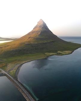 アイスランドの美しいkirkjufell山