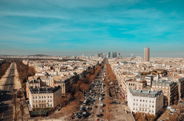 パリ、フランスの美しい風景の空中ショット