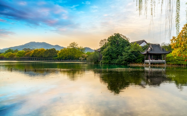 The beautiful landscape and architectural landscape of west lake in hangzhou