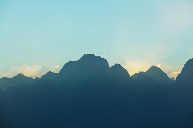 Fanns 산, 타지키스탄의 아름다운 풍경