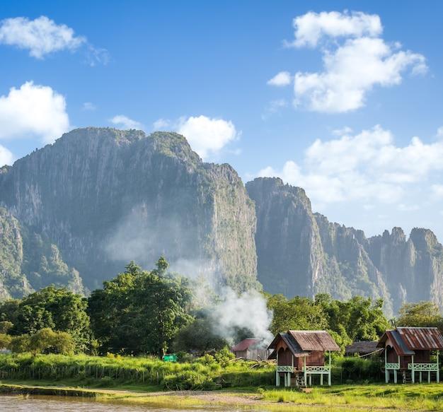 Красивый пейзаж ванг-вьенга, лаос