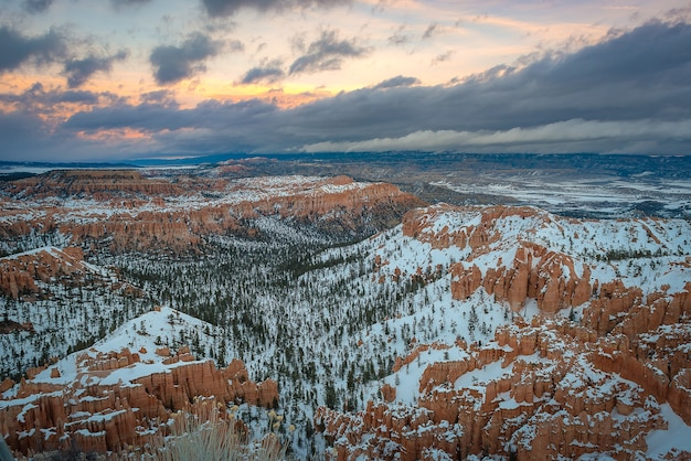 Beautiful landscape photography of bryce canyon national park during winter