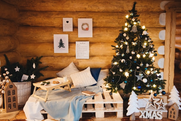 크리스마스 장식 아름다운 거실