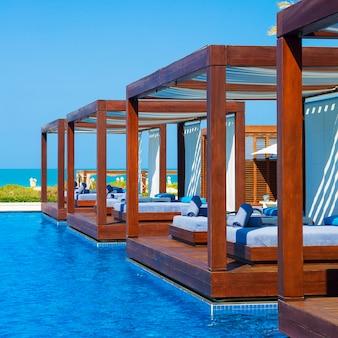Красивое роскошное место курорта и спа для отдыха
