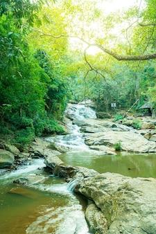 치앙마이, 태국의 아름다운 매사 폭포