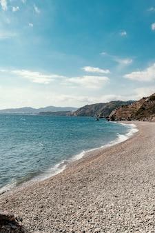해변의 아름다운 바다 전망