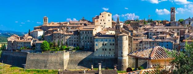 イタリア、トスカーナの美しい中世の村