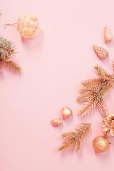 ゴールドとピンクの色で美しいモダンなクリスマスの背景