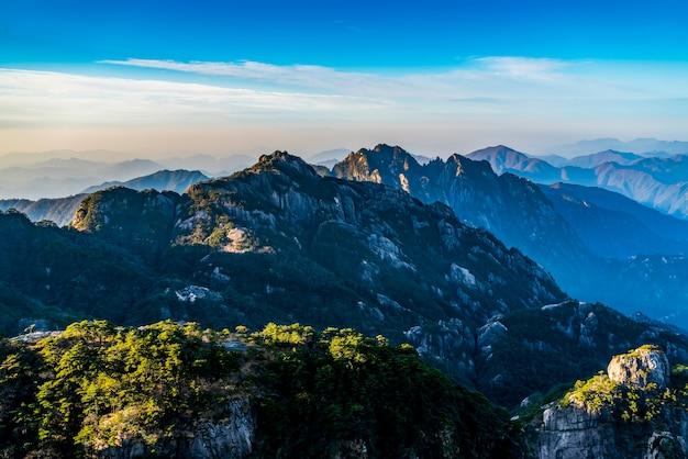 황산, 중국의 아름다운 산과 강