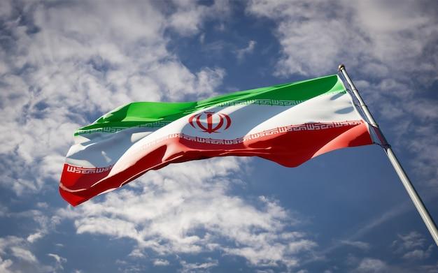 Красивый национальный государственный флаг ирана развевается