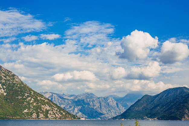Красивая природа горный пейзаж