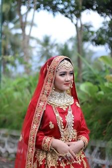 インドの女性の顔のプレミアム写真の美しい写真