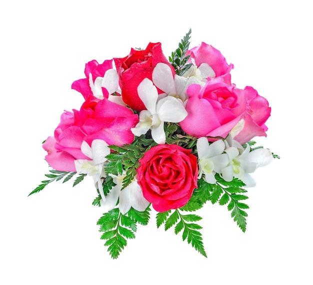 흰색 배경에 고립 된 아름 다운 장미 꽃다발