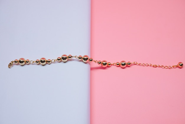 Beautiful round gold bracelet