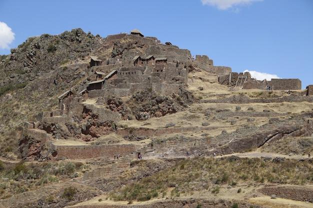 Красивая священная долина куско. перу