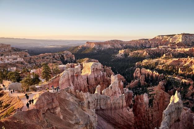 Splendido scenario di un paesaggio del canyon nel parco nazionale di bryce canyon, utah, usa