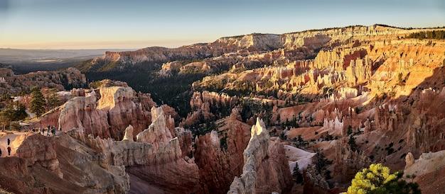 米国ユタ州ブライスキャニオン国立公園の峡谷の美しい風景