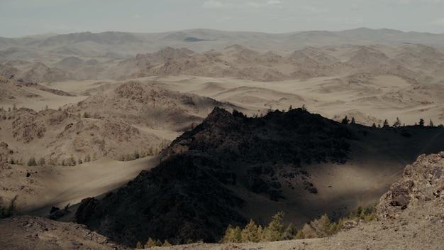 Красивые пейзажи пустыни сахара, расположенной в африке