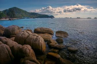 Beautiful sea scape of mae hadd in koh tao Thailand