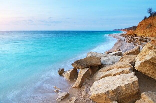 Красивый морской пейзаж. композиция природы.