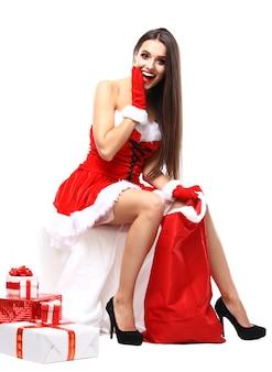 Красивая сексуальная девушка в одежде санта-клауса
