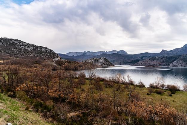 Beautiful shot of the barrios de luna reservoir in leon, spain