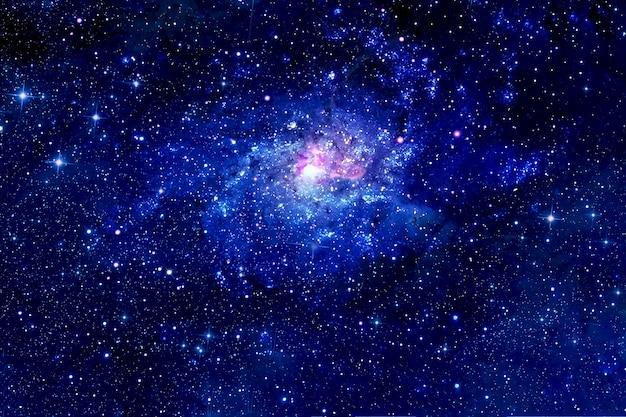 Красивое пространство, скопление звезд и галактик. элементы этого изображения были предоставлены наса. для любых целей.