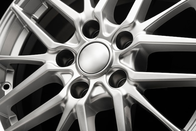 Beautiful sporty alloy wheels forged in silver color