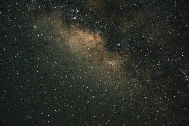 美しい星空。夜の星