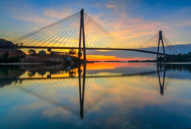 Barelang bridge batam island의 아름다운 일출