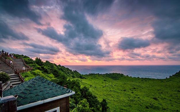 일 출산, 제주, 한국에서 아름 다운 일출.