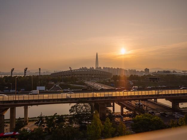 서울의 아름다운 일출