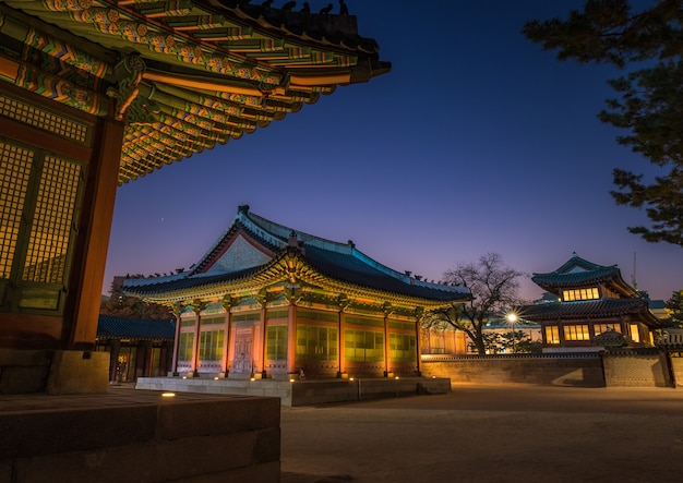 Beautiful sunset in korean palace. night long exposure picture