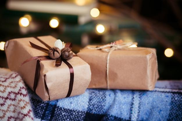 美しいテーマの贈り物はヴィンテージの椅子にあります