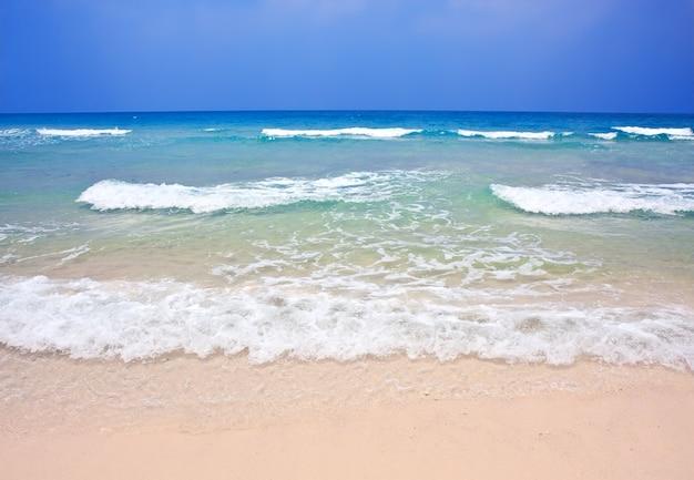 태국 코쿳의 아름다운 열대 해변