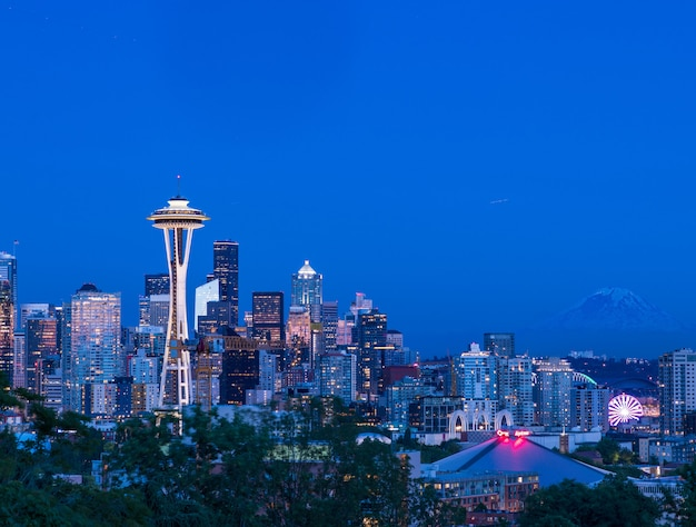 Beautiful view of the city of seattle, usa with the colorful lighted buildings at dusk